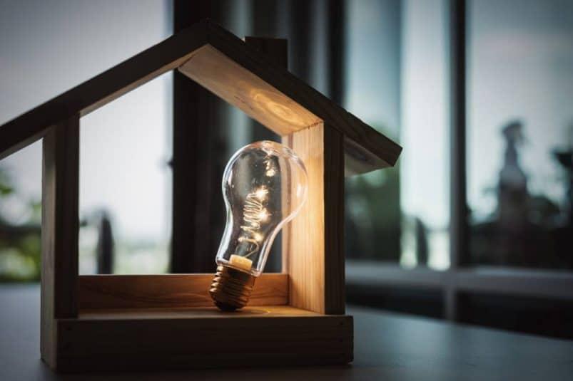 Comment se protéger de la hausse des coûts électrique